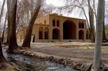باغ مهریز یزد