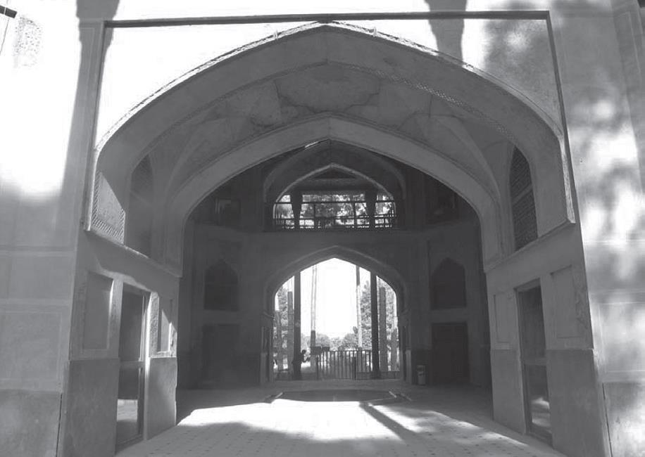 کوشک هشت بهشت اصفهان، منازل زمان های چهارگانه